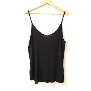 Silence + noise Urban Outfitters Black tank top
